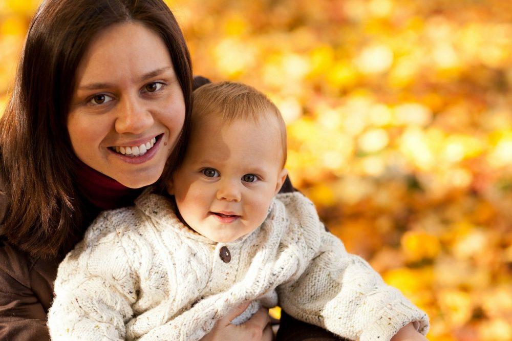 Чмоки, картинки женщины с ребенком