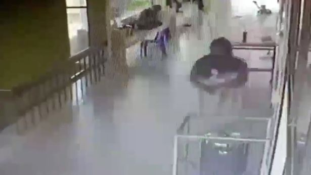 украла ребенка