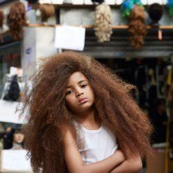длинные волосы мальчик фото