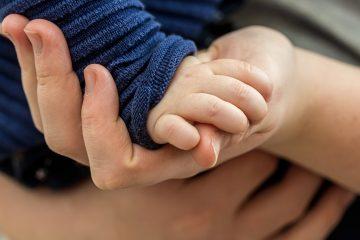 о помощи с малышом